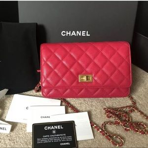 bf07a0397901 Chanel Pink Caviar Reissue Wallet on Chain WOC
